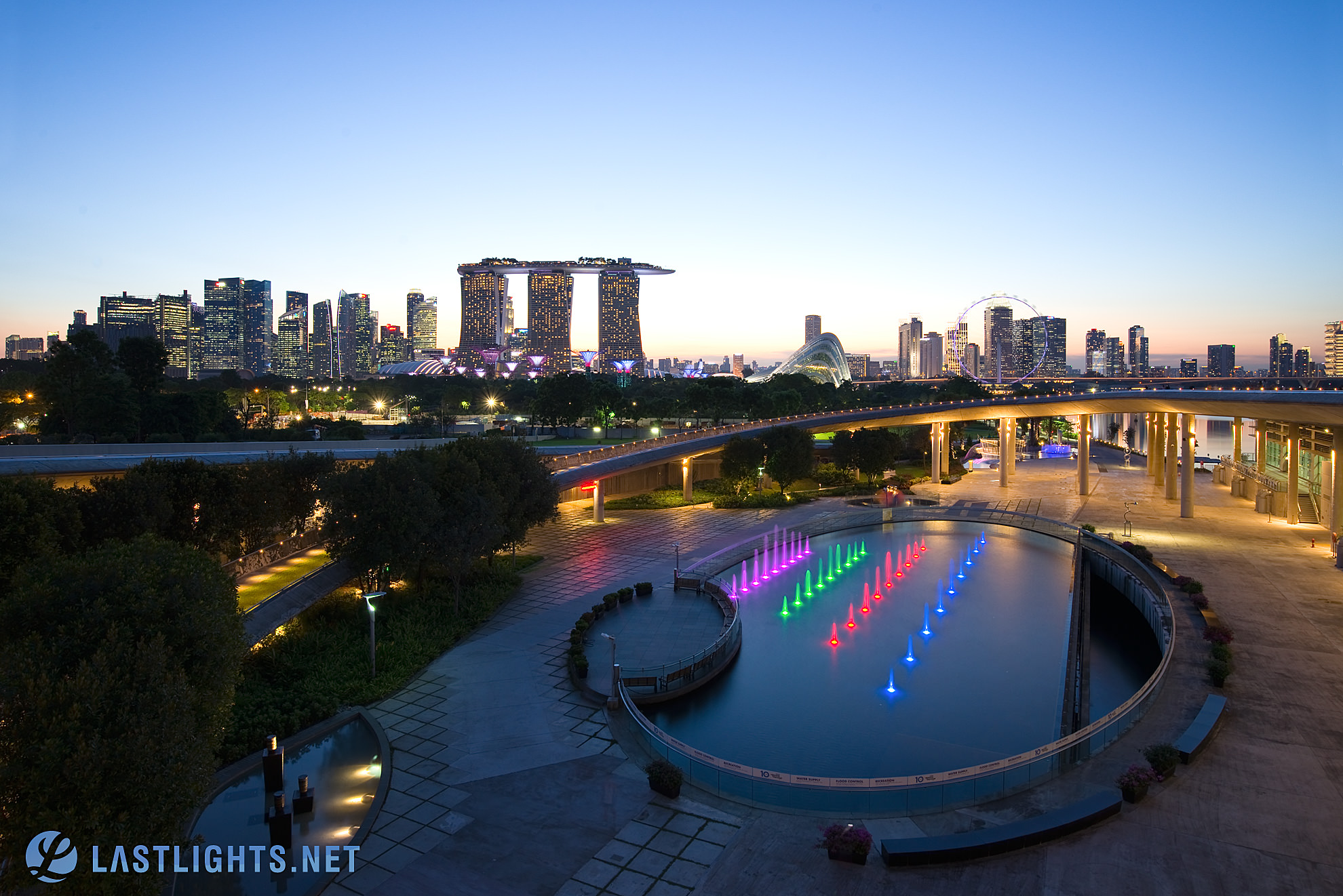 Spot 6: Shoot from Marina Barrage