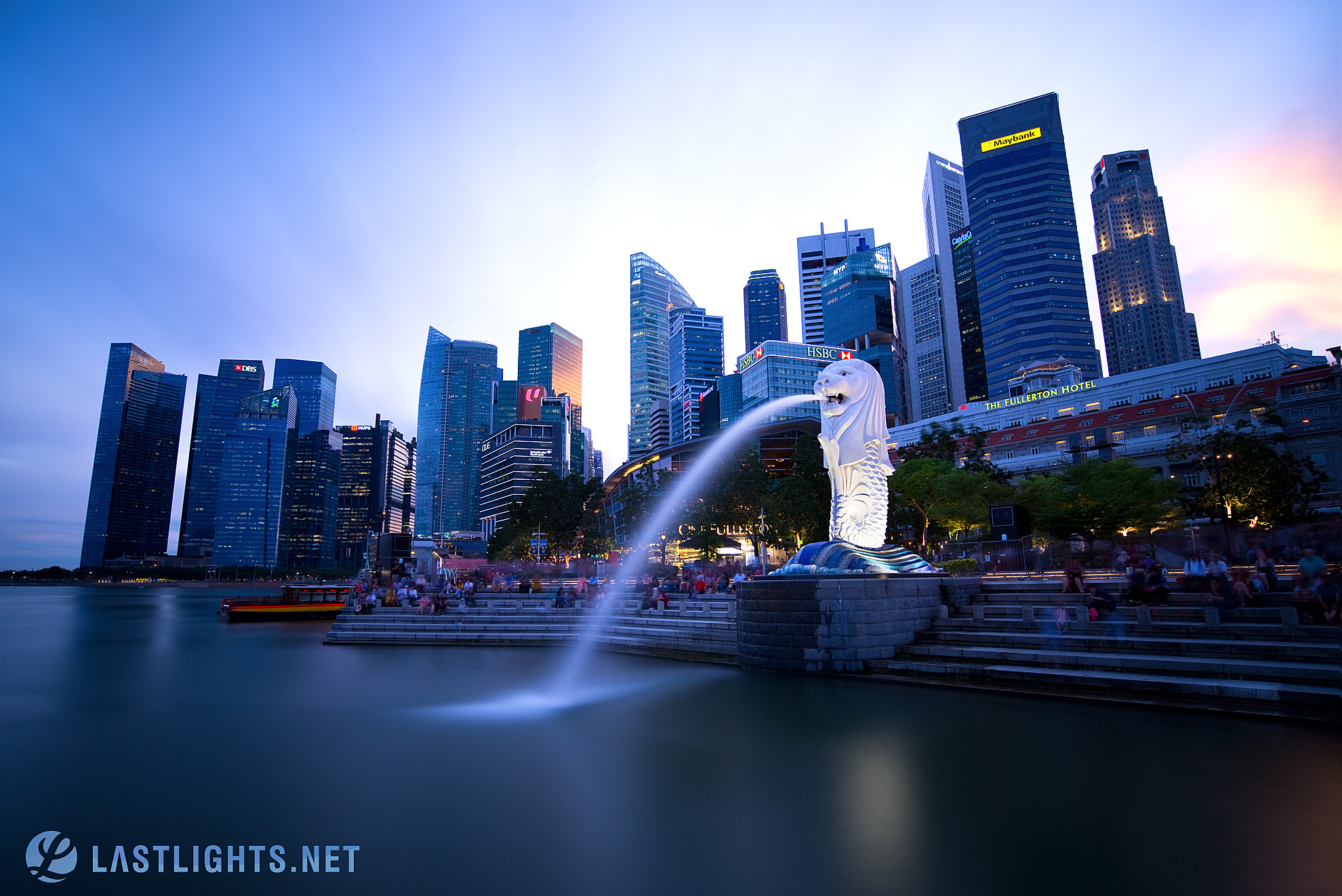 Spot 2: Shoot from Merlion Viewing Platform